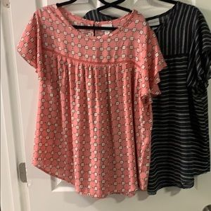 Ava and Vic print short sleeve blouses
